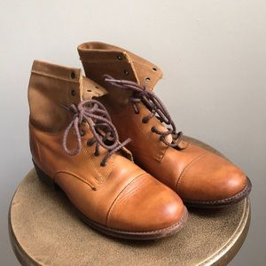 Frye tan leather suede Erin Lug Lace Up Work Boot